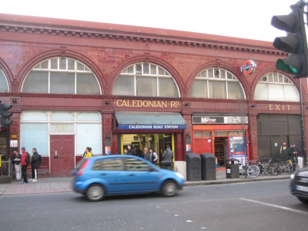 Caledonian Road Station - no Station Attendant in sight.