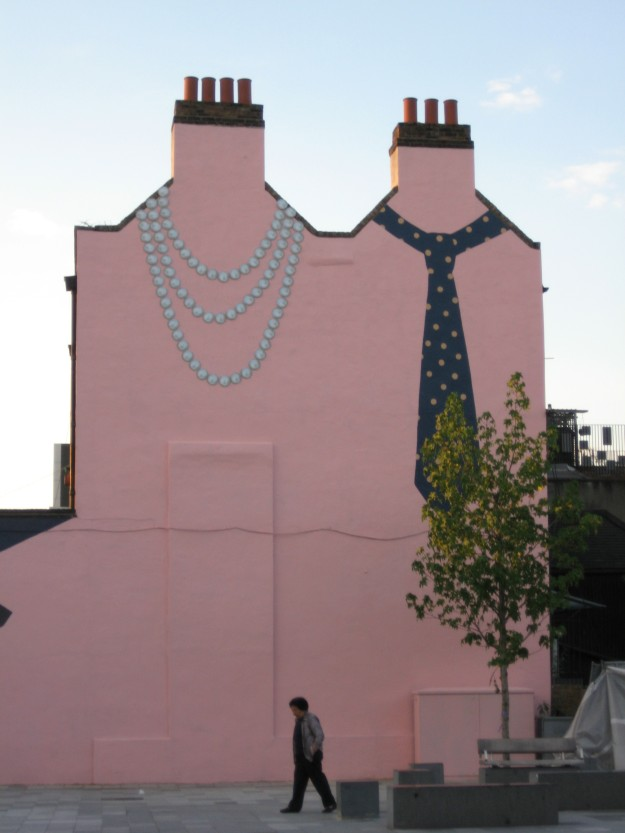 Tie and Pearls off Deptford High Street.